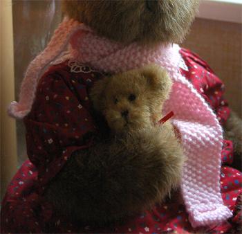 Fireflys Hand Knit Teddy Bear Scarf Pink Teddy