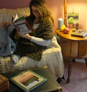 Firefly wearing her hand knit Vineyard Wrap