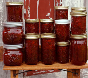 Lots and lots of strawberry preserves firefly made on the farm