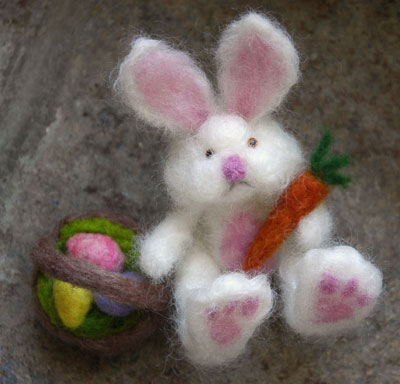17feb09_easterbunny